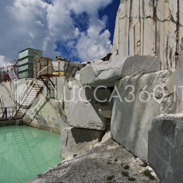 Cave Tavolini sul Monte Corchia