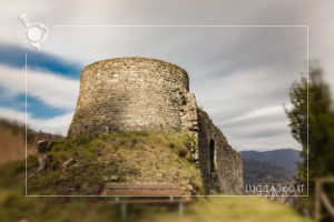 Torrione della Rocca di Villa Basilica