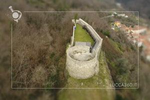 Vista aerea della Rocca di Villa Basilica